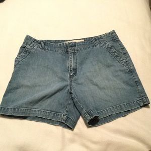 Gap jeans shorts, size 10